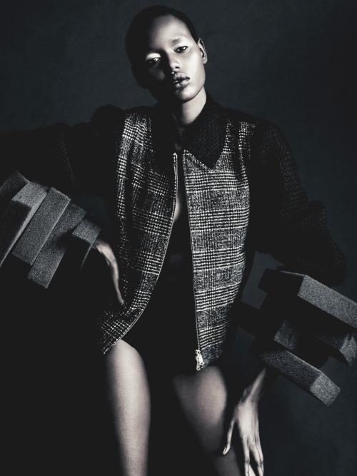 thefashiondontlivewithoutvogue:  Ajak Deng by Paolo Roversi for AnOther Fall/Winter 11.12