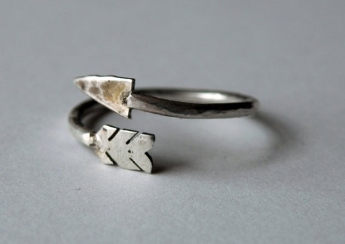 manchannel:  Arrow Ring by HeroKing