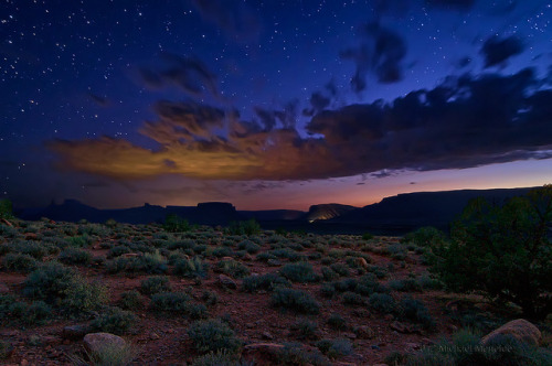 neptunesbounty:  Kissing the Desert Sky Goodnight by Fort Photo on Flickr.