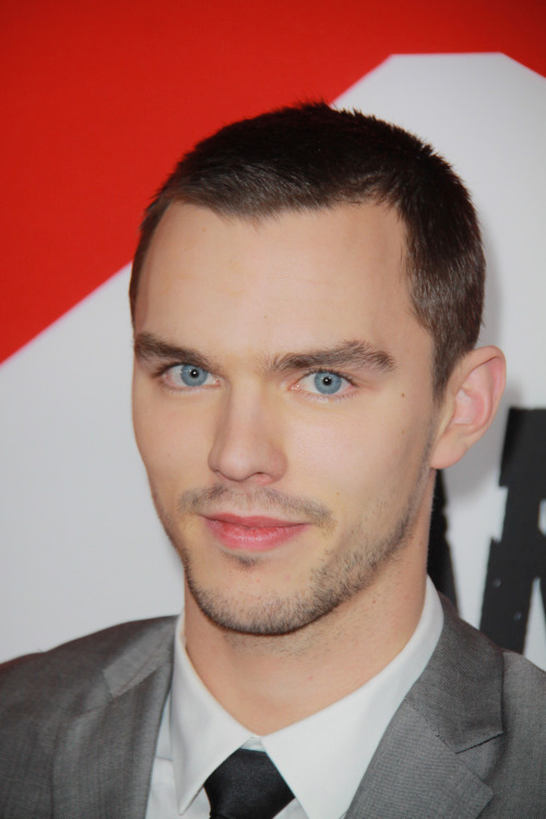Nicholas Hoult Rose From The Undead As A Zombie in Warm Bodies, WIll Continue to Rise as a Movie Star