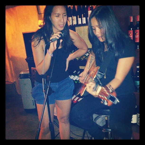 jamming with Lee Grane  (at Cyrano's)