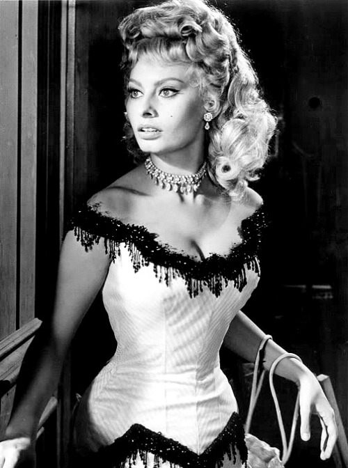 Sophia Loren in Heller in Pink Tights (1960)