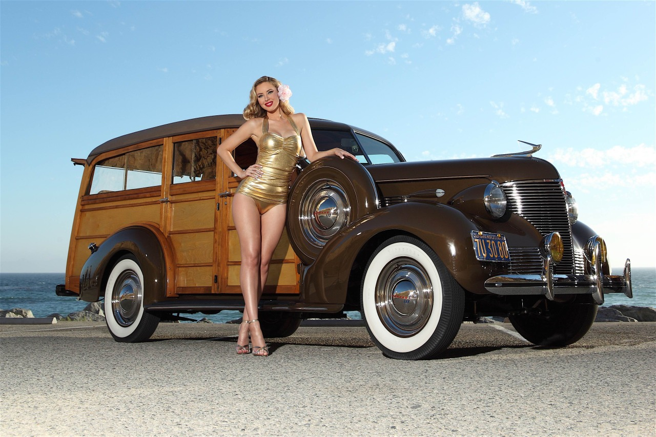 Chevrolet WoodyModel: Tiffany TothPhotographer: Mitzi Valenzuela #tiffany toth#car babe #girls and cars #classic car#vintage car#pinup#pinup model#chevrolet#woody#beachlife
