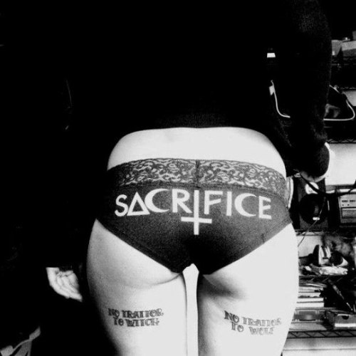 #witch#witchcraft#black witch#black magic#satanic ritual