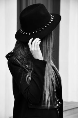hat fashion Grunge punk long hair Alternative darkness goth gothic leather jacket pastel goth Spiked dark fashion gothic girl all black gothic fashion alternative fashion dark beauty black hat punk style gothic beauty