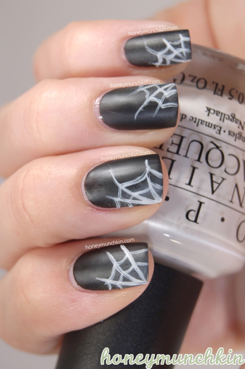 (via Halloween: Spider webs | honeymunchkin)