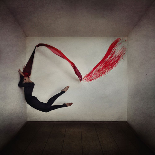"""asylum-art:  Surreal Photo Manipulations By Ex-Ballet Dancer Kylli Sparre Facebook 