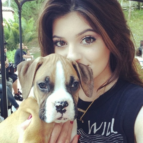 "k-ardashiansxo:  jenner-news:  Kylie: ""Selfies with the new addition to the family ""    Ж follow for more Kardashian/Jenner Ж"