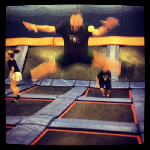 Skyzone. #blurry #me
