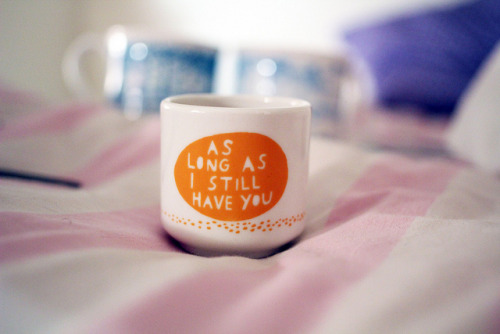 the-problematique:  egg cup by rob ryan. by Sandra Beijer on Flickr.