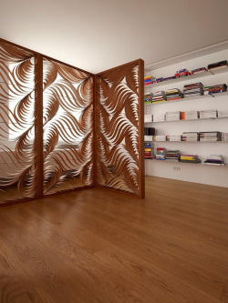 love-spain:  LZF Lamps also creates these wood screens.Love-Spain