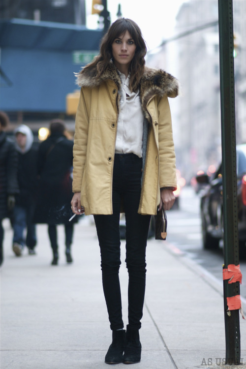 as-usual-ny:  http://as-usual-ny.blogspot.com/2013/01/122-alexa-chung.htmlhttp://instagr.am/p/U6bkEzEop9/