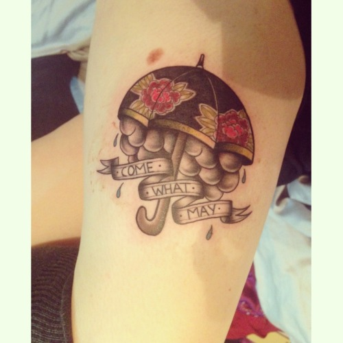 emmalouisewhatman:  This piece was done on my thigh yesterday by an amazing lady. 'Come What May.'
