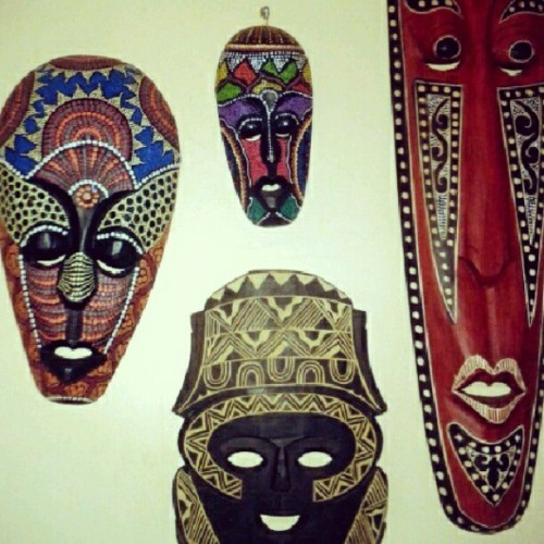 Amazing paint work and carvings on these handcrafted Palawan Masks! #coron #travel #philippines