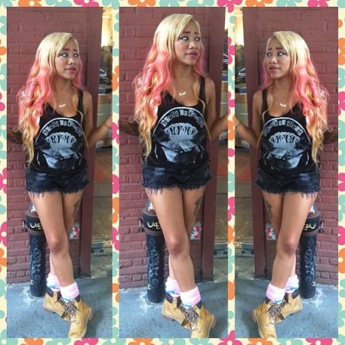 dollsofbeauty:    gold-kushkloudz:    *****    Dolls      ♥