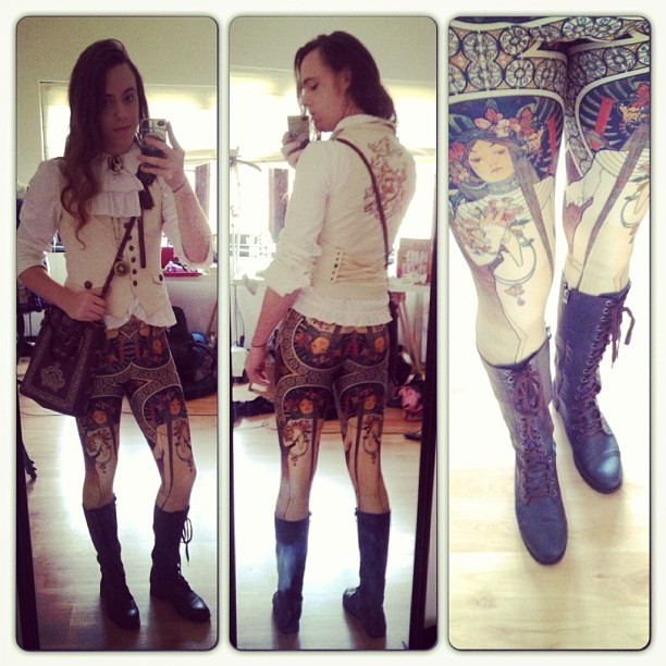 spiralred:  technotropism:  Off to lunch today in Mucha leggings! Blouse: Alice and the PiratesWaistcoat: ExcentriqueLeggings: Black MilkBag: Innocent World  Dat butt! You are looking fab as hell.  These are the greatest leggings I have ever laid eyes on. I'm totally in love.
