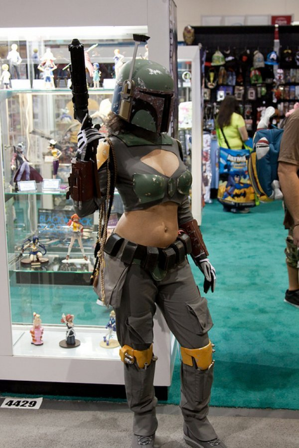I see your sexy Vader and raise you one sexy Boba Fett. Your move, me. - Imgur