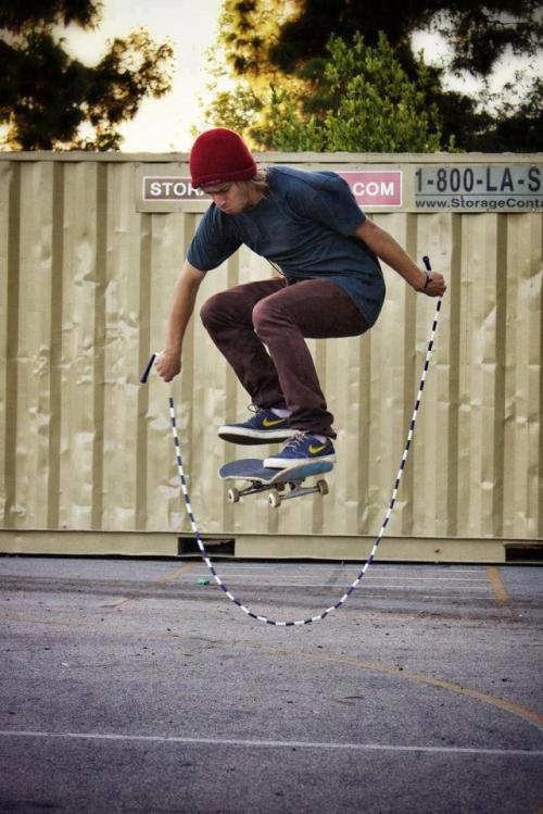p-olitically-incorrect:  fresh urban/skate/graffiti blog