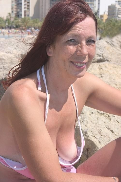 Big saggy tits downblouse