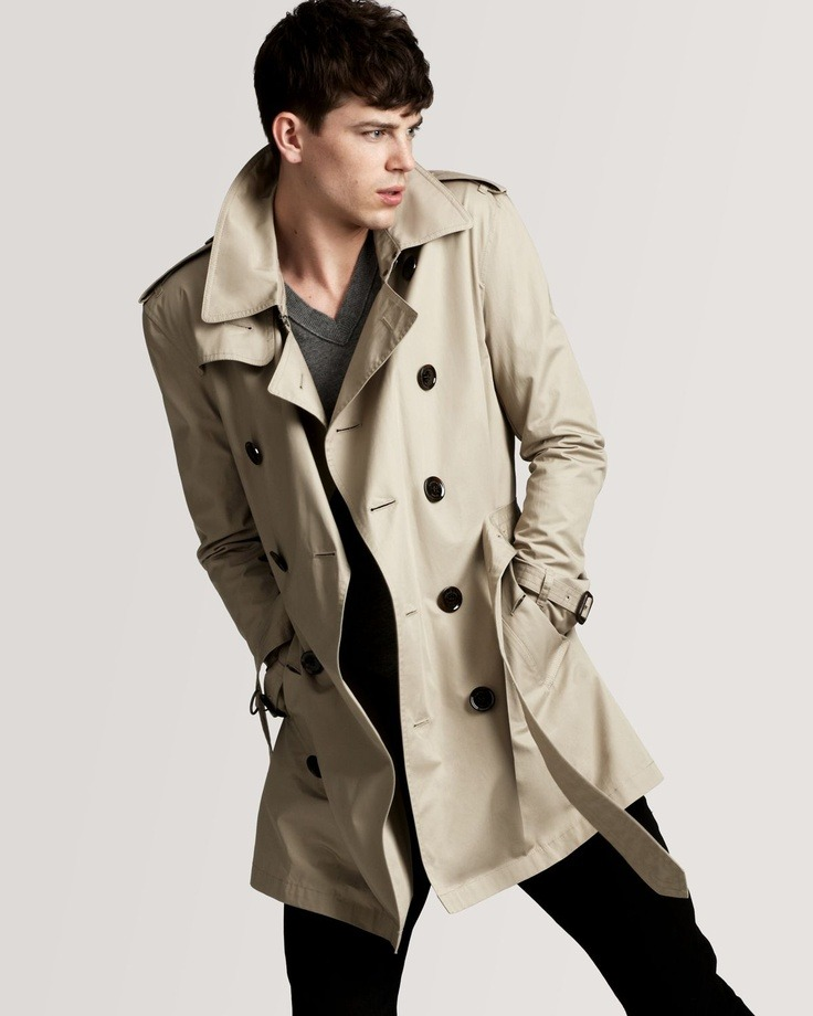 maninpink:  Burberry trench coat