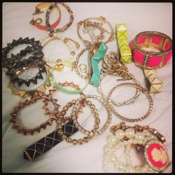 I can never decide! #jewelry #fashion #armcandy