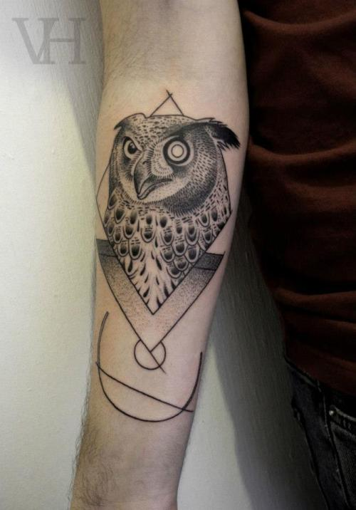 tattr:  VALENTIN HIRSCH Berlin, Germany  & London, England / Traveling www.akaberlin.com &akalondon.tumblr.com Valentin Hirsch Facebook