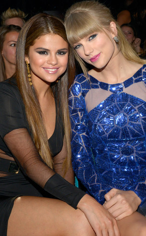 Selena Gomez and Taylor Swift at 2013 Billboard Music Awards.