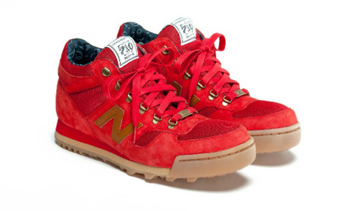 hasanundhusen:  Herschel Supply Co. x New Balance H710 – Red  Want