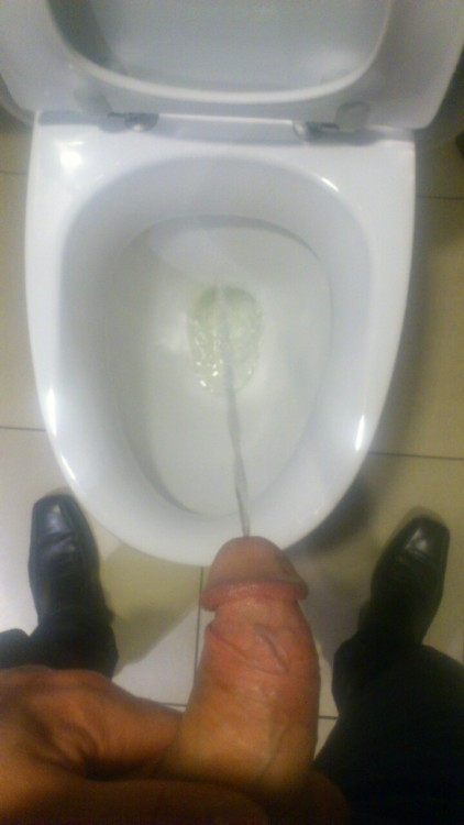 3ldorad0:  Taking a piss at a local hamburger joint.