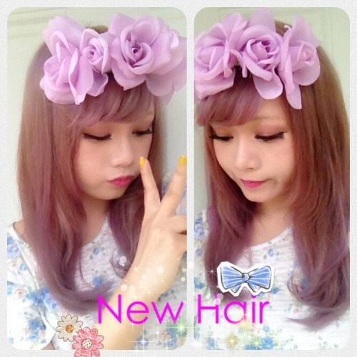 My new hair color <3  It's a mix if purple, ash grey brown.  I will be uploading my DIY tutorial on this floral headband soon. ;)