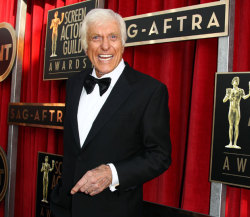 SAG Awards 2013: Dick Van Dyke Honored With Lifetime Achievement