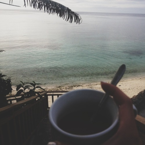 aishazamm:  A cup of coffee and a view of the ocean.I miss simple mornings in the Philippines.