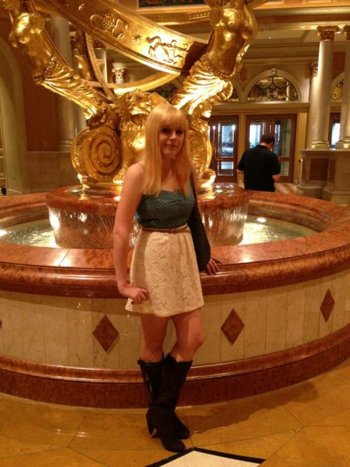 just me on my trip in Vegas, now blonde :D