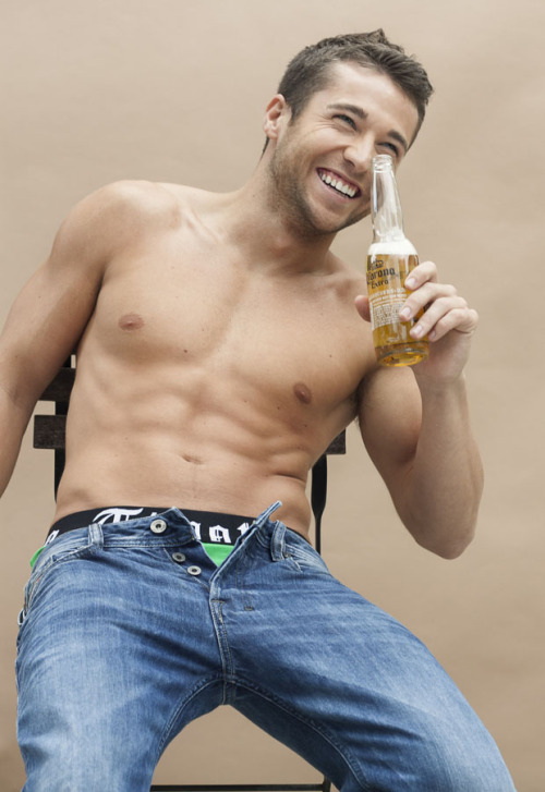 tumblr mn6s08KIpw1qgucp7o1 500 Colby Melvin 3 by Paul Boulon RED MEAT | FACEBOOK | TWITTERAdam...