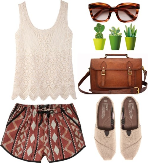 thepolyvorecollection:   Ethnic printed shorts & lace tops by endimanche featuring short shorts