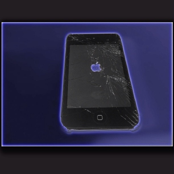 Need iPod touch screen repair?? We have everything you need to do it yourself or have me do it!  Call/Text: 708.420.0214 for more info. Web link is in bio #jreedstechsolutions