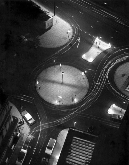 Rond Point vu du ciel, Londres ( 1960s).