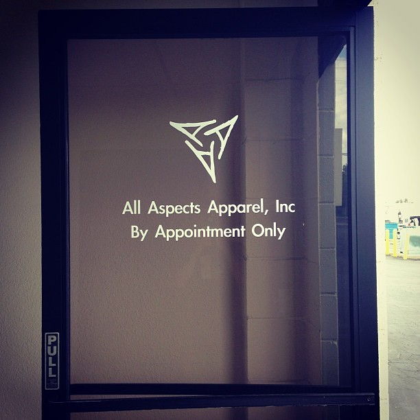Window decal up, that's how you know shits getting real👌 #allaspects #mypassion #nodaysoff #ambitioniskey #tripleayegang  (at All Aspects HQ)