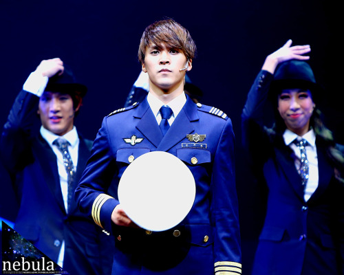 nebuladw:  121221 Catch me if you can :::::::::::
