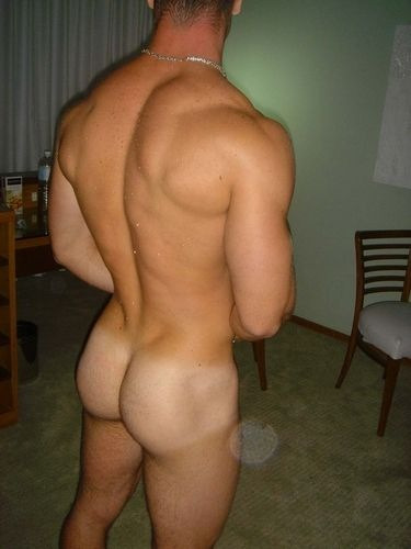 "hotguysguysguys:  ""SPANK That ASS"" LIKE To SPANK xxx LIKE & REBLOG xxxFOLLOW Us & TELL Your Friends: http://hotguysguysguys.tumblr.com/  Lovin the tan lines……..wondering what the front looks like…….."