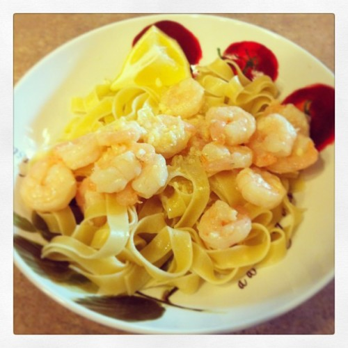 I made shrimp in a butter garlic sauce with lemon on top of fettuccine pasta. (at Casa de Andrade)