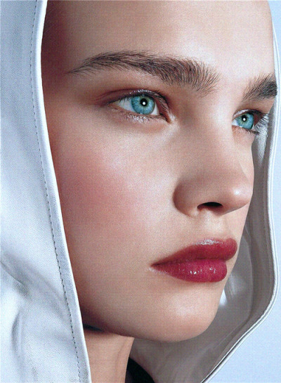 havte:  Natalia Vodianova photographed by Richard Burbridge for Allure 08/2002