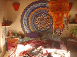 vvhatevaa:  hippist:  perfection in a room  want