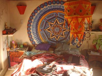 hippist:  oliviatheelf:  ॐMy Hippie Blog!ʚϊɞ  These rooms are killin me to perfect