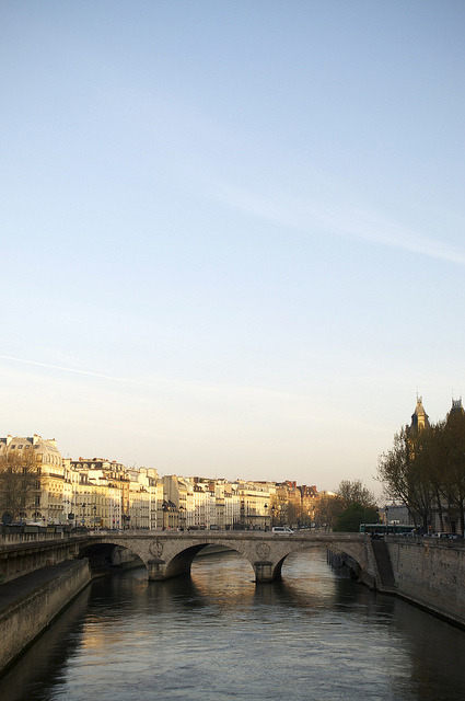 parisbeautiful:  Sunrise in Paris by s_mahela on Flickr.