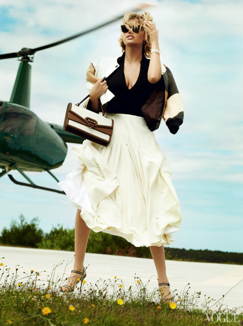 bohemea:  Kate Upton - Vogue by Mario Testino, June 2013