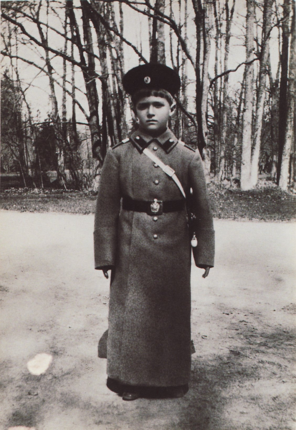 godsavethetsar:  Tsarevich Alexei Nikolaevich in 1911 supposedly at Tsarskoe Selo