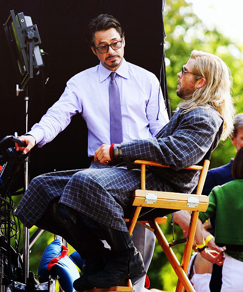 Robert Downey Jr and Chris Hemsworth on set of The Avengers  Iron Man chats to Thor ;-)