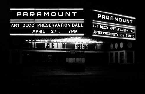 PARAMOUNT|PARAMOUNT THE PARAMOUNT GREETS YOU in B&W. Oakland, 04-26-13.