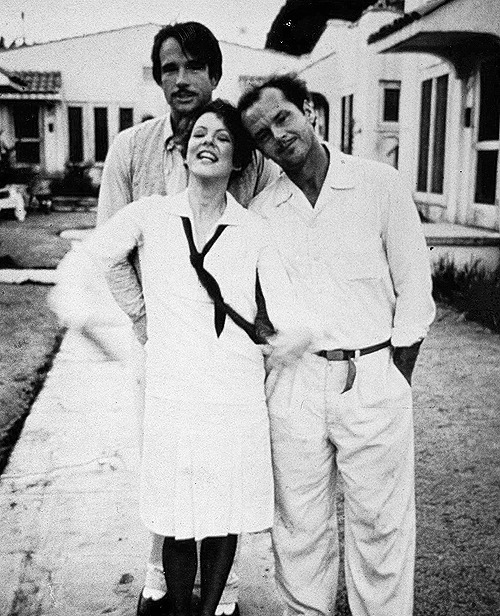 Warren Beatty, Stockard Channing and Jack Nicholson on the set of The Fortune (1975)